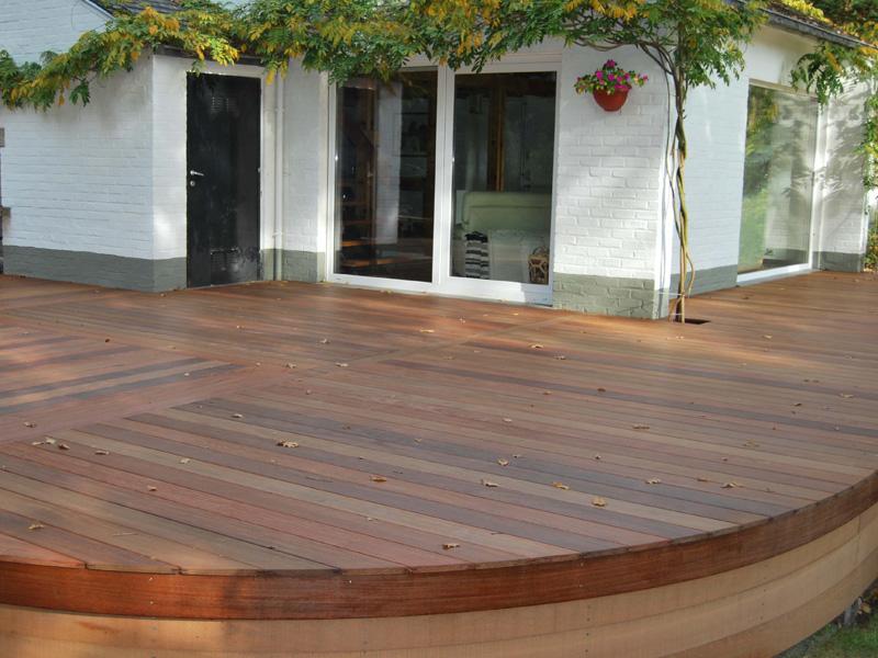 plancher terrasse lames de terrasse en composite bois et. Black Bedroom Furniture Sets. Home Design Ideas