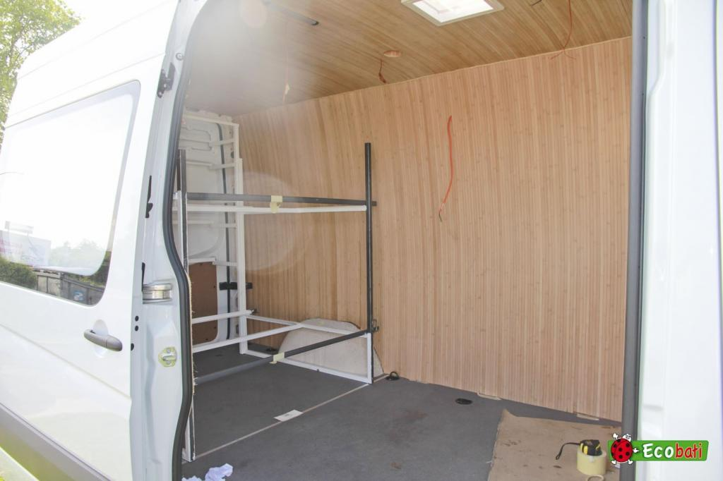 transformation d un van mercedes en camping car avec des produits cologique et naturel ecobati. Black Bedroom Furniture Sets. Home Design Ideas